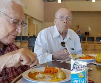 senior-meals-P1050702