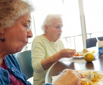 senior-meals-P1050708