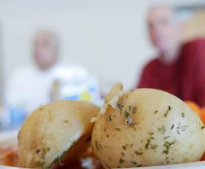 senior-meals-P1050712