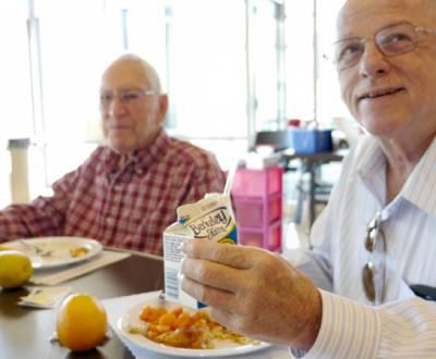 senior-meals-P1050715